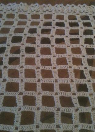 Белая большая салфетка в квадратики размер 56 см х 57 см., нитка х/б, крючком