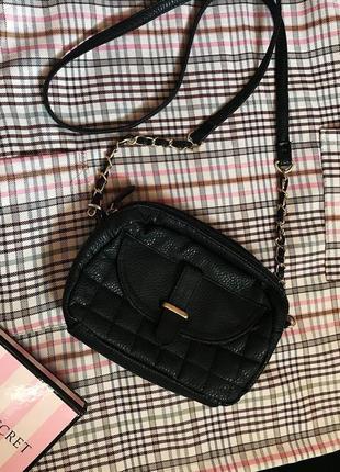 Классная стильная маленькая сумочка кроссбоди на ремне цепочке эко кожа