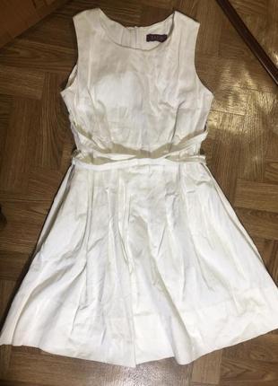 Белое нарядное платье украинского бренда satin