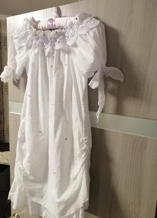 Платья белого цвета, новое, несток!