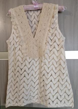 Блузка очень красивая