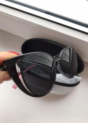 Сонцезахисні окуляри нові / солнцезащитные очки новые