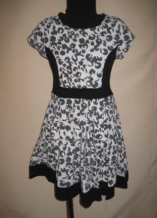 Отличное платье bhs 8-9л