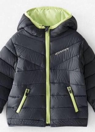 Курточка деми легкая