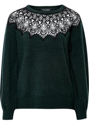 Черный вязаный свитер кофта с ажурными вставками на декольте гипюр вышивка на груди плечах1 фото