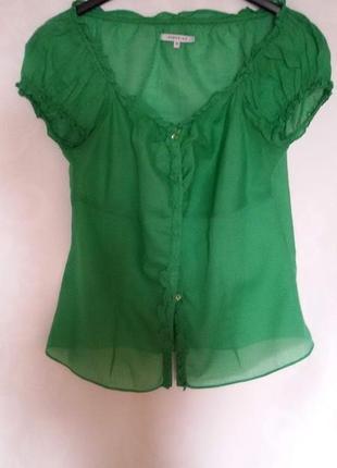 Ярко-зеленая блуза в прованском стиле
