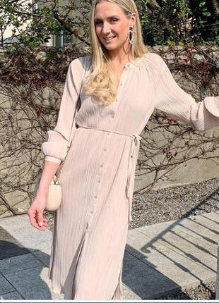 Гофрированное платье-рубашка