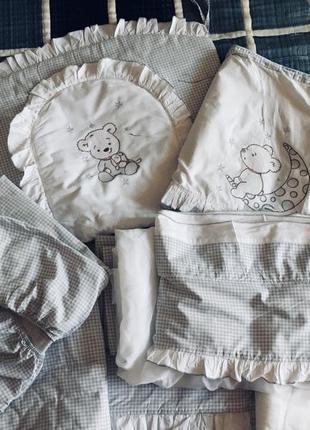 Набор постельный  детский в кроватку