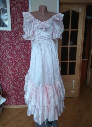 Ніжно-рожеве плаття весільне або карнавальне,розмір 10/36,на груди 89см.