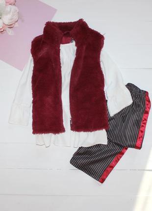 Шикарный комплект (брюки блуза жилетка ) на (6-7 лет) 116-122 см
