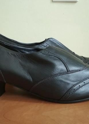 Кожаные туфли  hotter (хоттер) англия р.9 оригинал