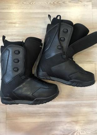 Ботинки для сноуборда flow