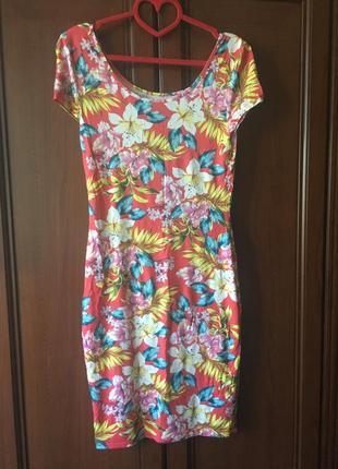 Цветочное стрейчевое платье, платье в цветы, стрейч футляр zara