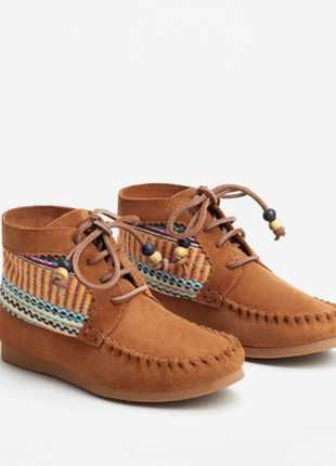 Кожаные мокасины ботинки mango со шнуровкой р.35 унисекс
