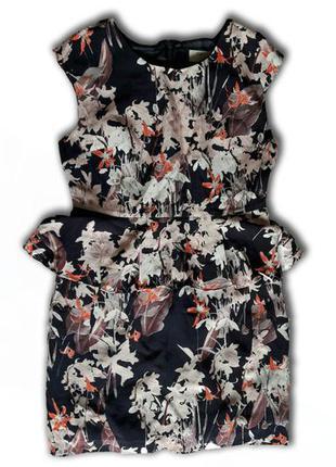 Модное женское платье с баской фирмы next