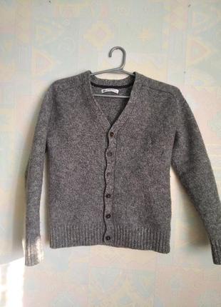 Стильний шерстяний светр