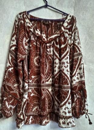 Классная блузка большого размера с оригинальным рисунком