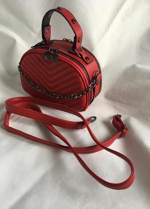 Клатч,сумка женская новая на длинном ремне в наличии