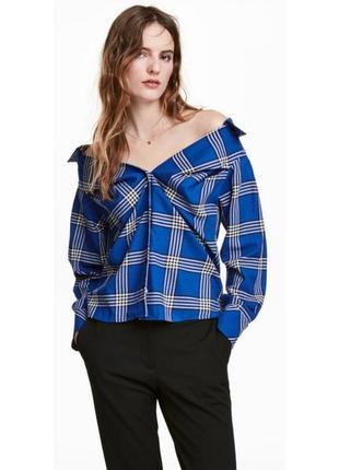 Синяя рубашка в клетку со спущенными плечами hm1 фото
