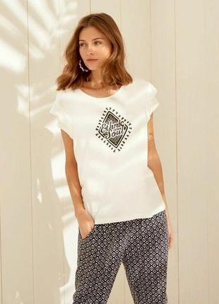 Женственная нежная футболка esmara. размер m, евро 40-42