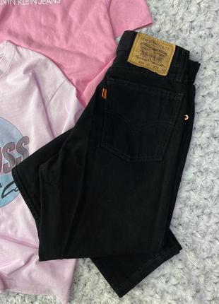Насыщенно черные levis 891 02 джинсы мом на пуговицах, болтах на высокой посадке плотные