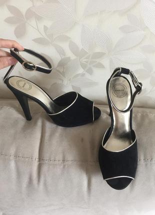Вечерние туфли босоножки