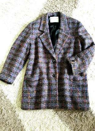Крутое,стильное пальто пиджак фирмы jaeger.