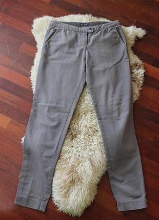 Фирменні класині брюки оригінал.armani jeans.42-28