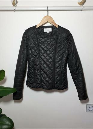 Лёгкая стеганная куртка zebra