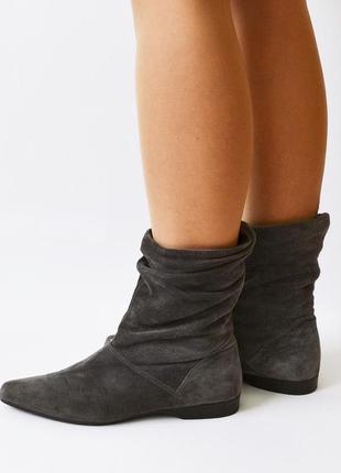 Фирменные замшевые ботинки от graceland