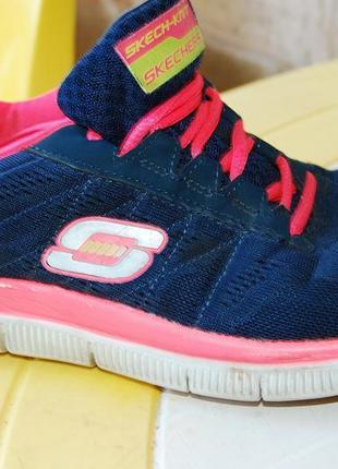 Skechers летние кроссовки 38 размер