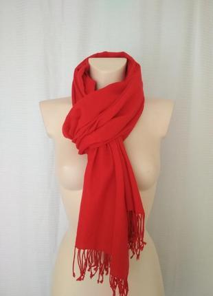Красный шарф палантин из тонкой шерсти