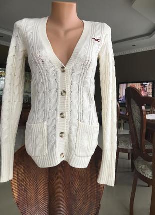 Джемпер молочного цвета в составе шерсть
