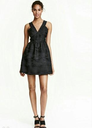 Черное платье от h&h