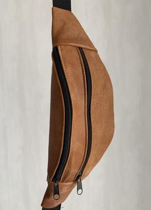 Стильная бананка натуральная кожа, модная сумка на пояс рижая тертая кожа б21