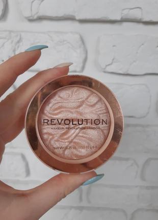 Хайлайтер make up revolution, серия reloaded, оттенок dare to divulge