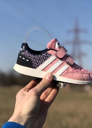 Adidas спортивні кросівки на ліпучках оригінал