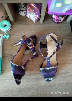 Змеиный принт 🐍 босоножки/сандалии new look