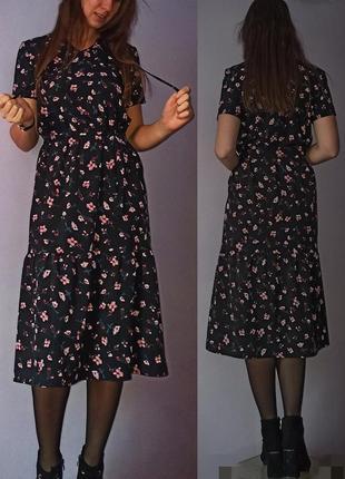 Міді плаття в дрібні квіти