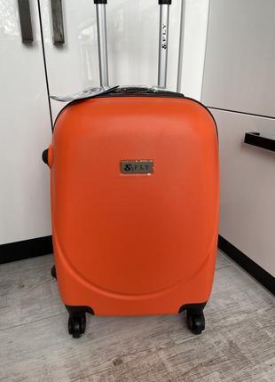 Чемодан,валіза,польский поликарбонат fly