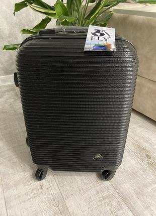 Валіза ,чемодан польский поликарбонат fly