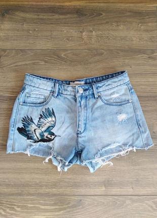 #розвантажуюсь рваные джинсовые шорты с вышивкой