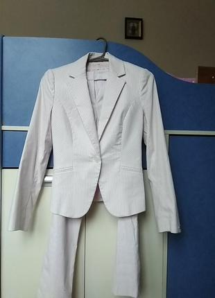 Шикарный костюм tommy hilfiger