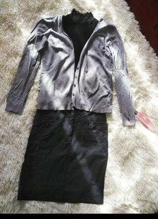 Продам набором: юбку+гольф без рукавов+кофточка н&м