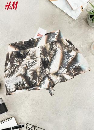 Легкие шорты с кармашками divided by h&m