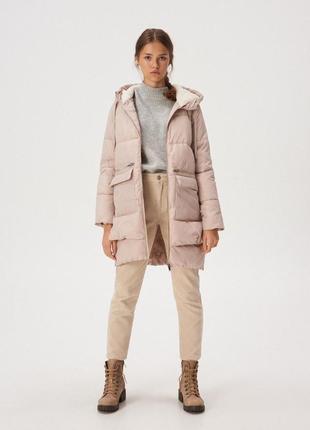 Бежевая демисезонная куртка на весну