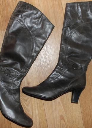 Шикарные брендовые кожаные сапоги you know большой размер 42-43. длина стельки-28