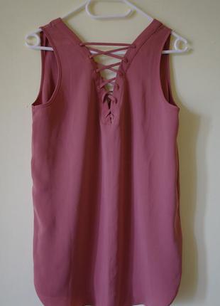 Блуза со шнуровкой и удлиненной спинкой--огромный выбор--сток