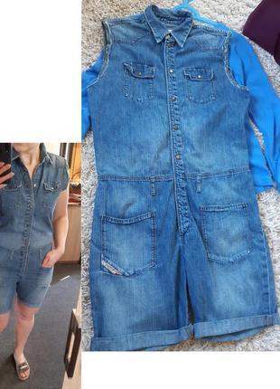 Актуальный на лето джинсовый комбинезон шорты, diesel,  p. s