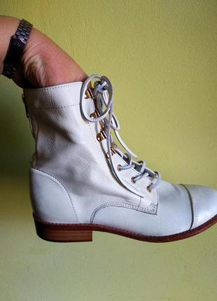 Ботинки 38 розмір